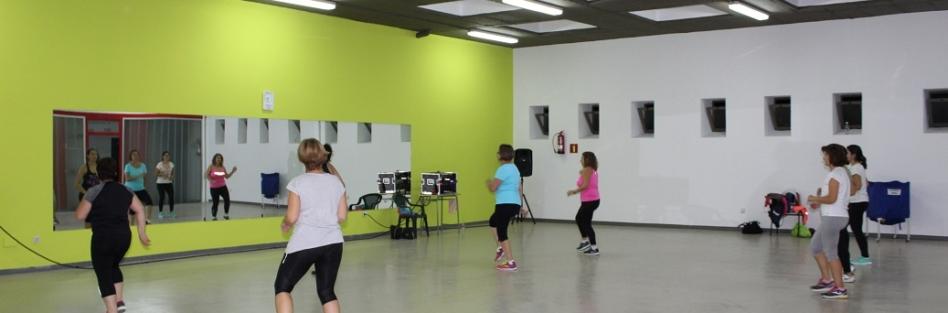 El sótano de la Piscina Municipal Cubierta se transforma en un auténtico gimnasio