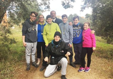 Seis integrantes del Club Arqueros de Pedro I de Torrijos se traen trofeo a casa.