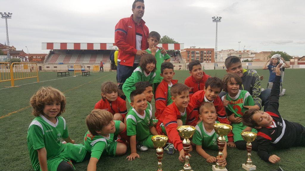 torneofutbolbase16-equipo-torrijos