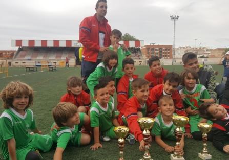 La Escuela Municipal de Torrijos, campeona del I Torneo de Fútbol Base, en categoría prebenjamín