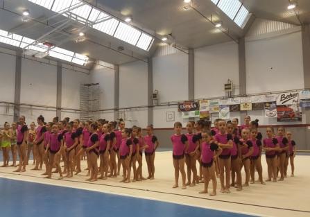 El Club Gimnasia Rítmica Torrijos clausura la temporada con su exhibición de fin de curso