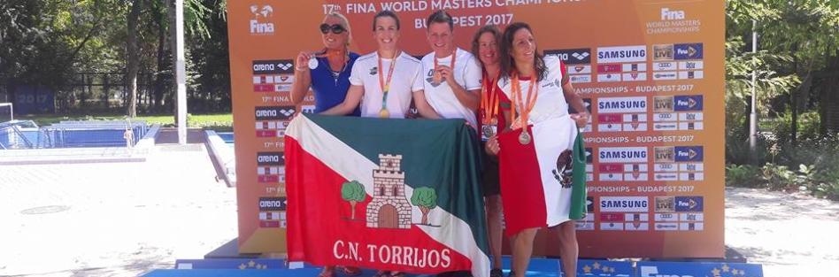 Rebeca Santos, del CN Torrijos, se proclama en Budapest campeona del mundo por partida doble