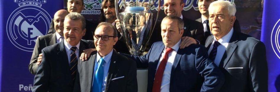 Alrededor de 400 comensales en el XXXIV Aniversario de la Peña Real Madrid Mazacotero
