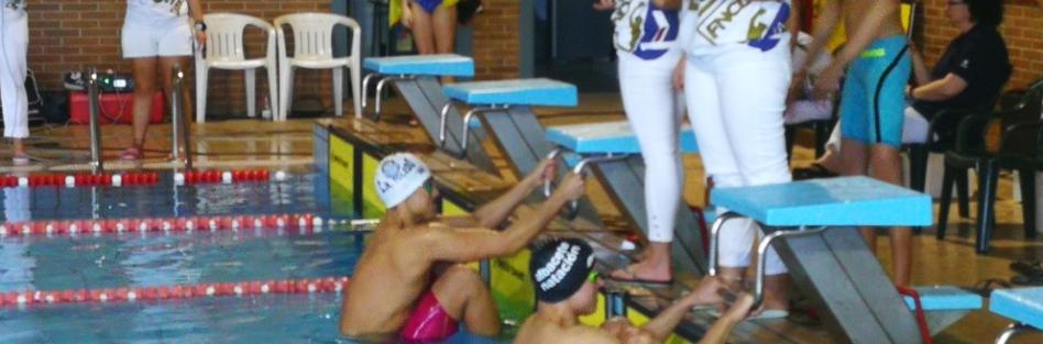 Nadadores de toda la región consiguen 16 marcas mínimas nacionales en el control de torrijos