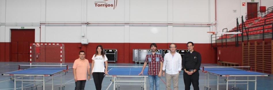 EL CD TORRIJOS SPIN TENIS DE MESA DONA 3 MESAS PARA PRACTICAR ESTE DEPORTE A LOS 3 COLEGIOS DE LA LOCALIDAD