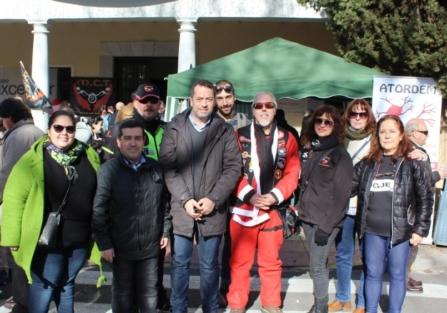 800 PLATOS DISTRIBUIDOS EN LAS MIGAS SOLIDARIAS DEL MOTOCLUB TORRIJOS