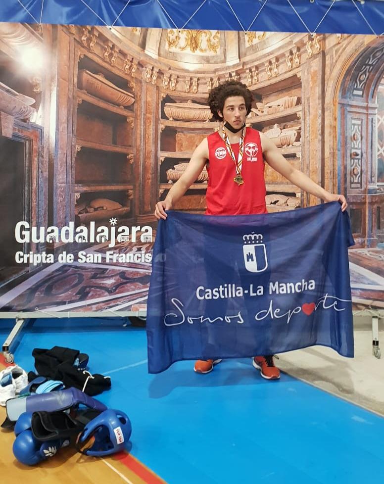 EL TORRIJEÑO JOSEF GHALLAF, CAMPEÓN DE ESPAÑA DE MUAY THAI